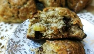 banana nut scones with chocolate chips