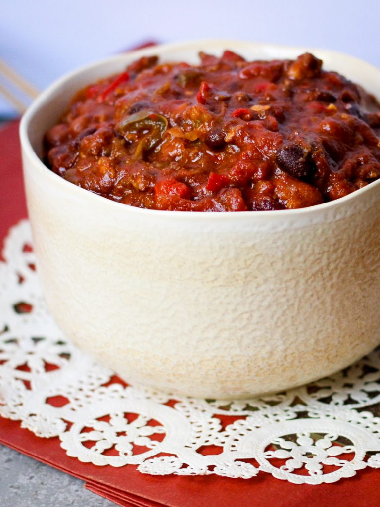 hearty spicy chili with beans